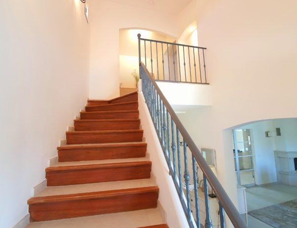 Escalier de la villa Destaine menant à l'étage